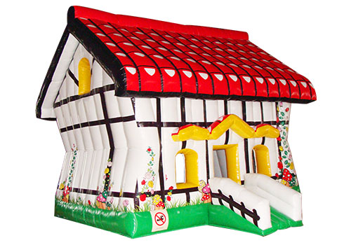Lovely-Bounce-House-QBO-1539